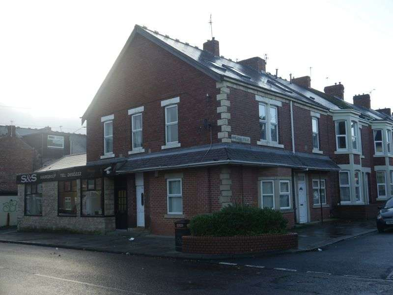 Property for sale in 10-12 Second Avenue & 78 King John Street, Heaton