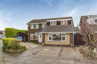 4 Bedrooms Detached House for sale in Stapleton Road, Formby, Liverpool, Merseyside, L37