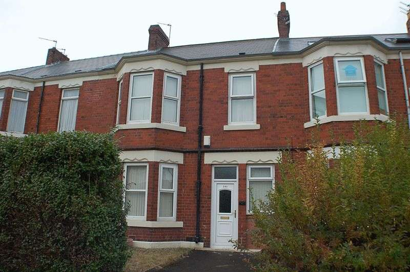 4 Bedrooms Flat for rent in **AVAILABLE SEPTEMBER 2017 ** Rothbury Terrace, Heaton, Newcastle Upon Tyne