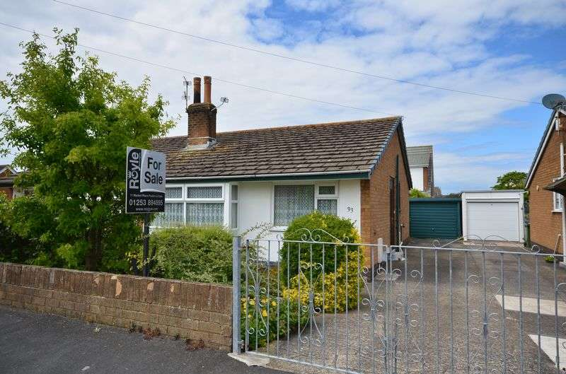 2 Bedrooms Property for sale in 33 Rosemount Avenue, Preesall, Poulton-Le-Fylde FY6 0EY