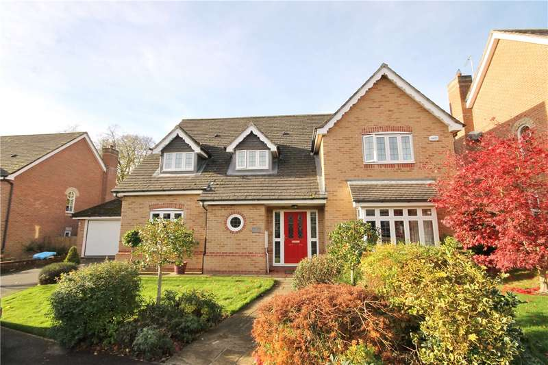 4 Bedrooms Detached House for sale in Hermitage Gardens, Chester le Street, County Durham, DH2