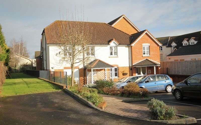 1 Bedroom Flat for sale in Fordingbridge