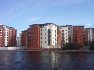 2 Bedrooms Flat for sale in Galleon Way, Cardiff Bay, Caerdydd, Cardiff