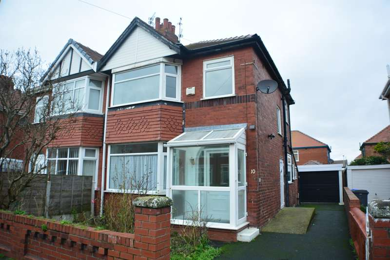 3 Bedrooms Semi Detached House for sale in Crompton Avenue, South Shore, Blackpool, FY4 3LQ
