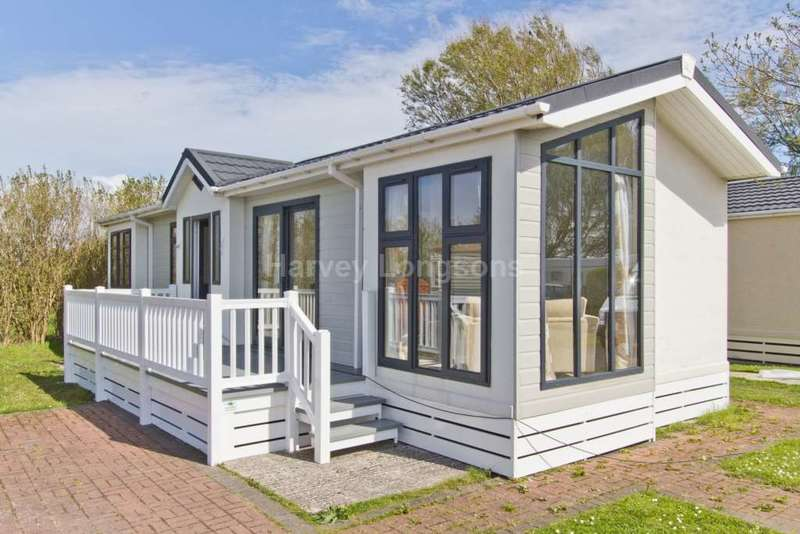 2 Bedrooms Lodge Character Property for sale in Wirral, Merseyside