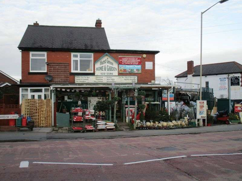 Property for sale in Superb leasehold and freehold DIY centre