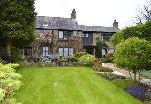 5 Bedrooms Detached House for sale in Stoneheads, Whaley Bridge, High Peak, Derbyshire