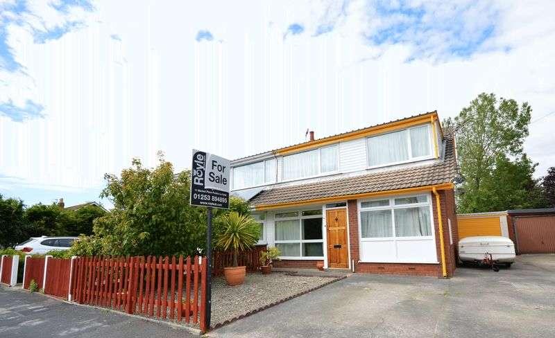 4 Bedrooms Bungalow for sale in 10 Riverside Drive, Hambleton, Poulton-Le-Fylde FY6 9EB