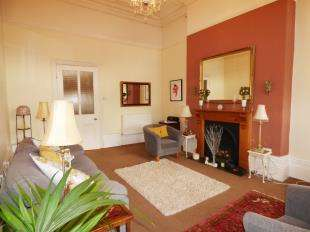 2 Bedrooms Flat for sale in 24A South Road, Weston-super-Mare, Somerset