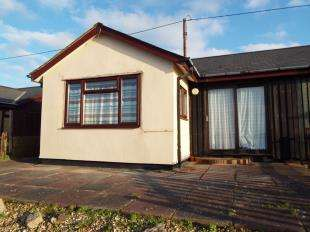 2 Bedrooms Bungalow for sale in Down Thomas, Plymouth, Devon