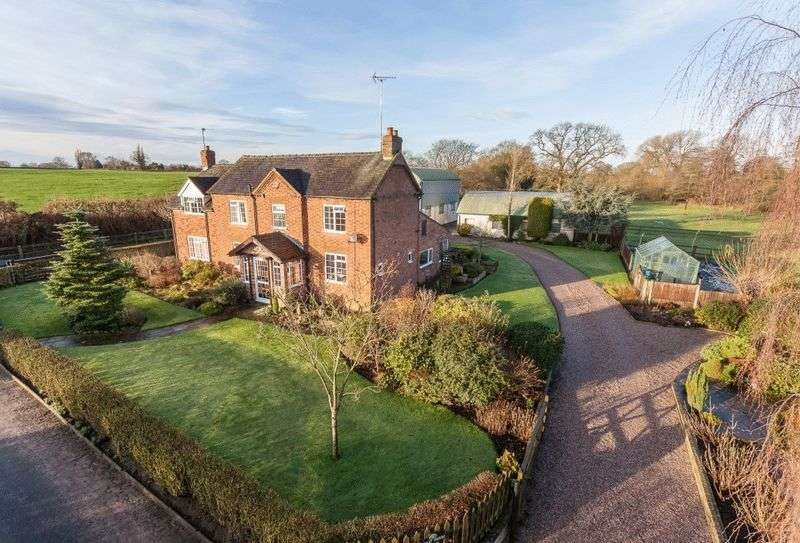 4 Bedrooms Detached House for sale in Spout Farm, Longhill Lane, Nr Audlem