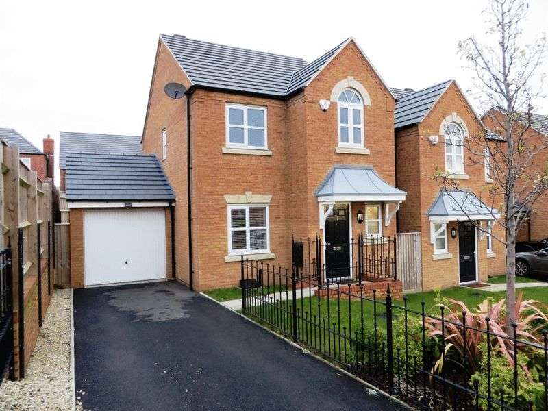 3 Bedrooms Detached House for sale in Ditta Drive, Oldbury