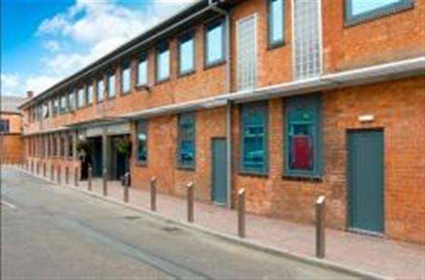 Office Commercial for rent in High Street, Office Space TO-LET Erdington, Birmingham