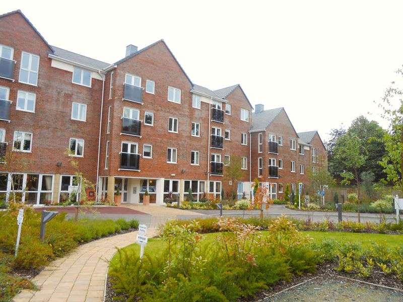 1 Bedroom Flat for sale in Station Approach, Cheadle: NO CHAIN one bed second floor retirement apartment