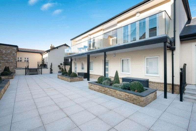 2 Bedrooms House for sale in Brocas Street, Windsor