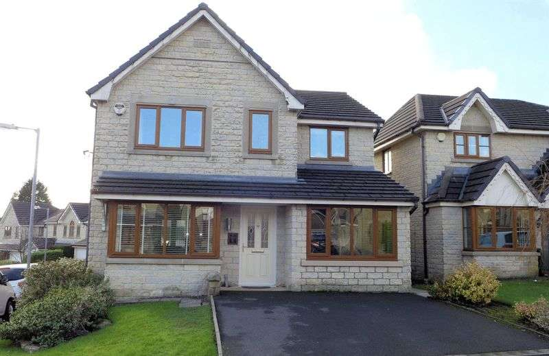 4 Bedrooms Detached House for sale in Romney Chase, Astley Bridge, Bolton