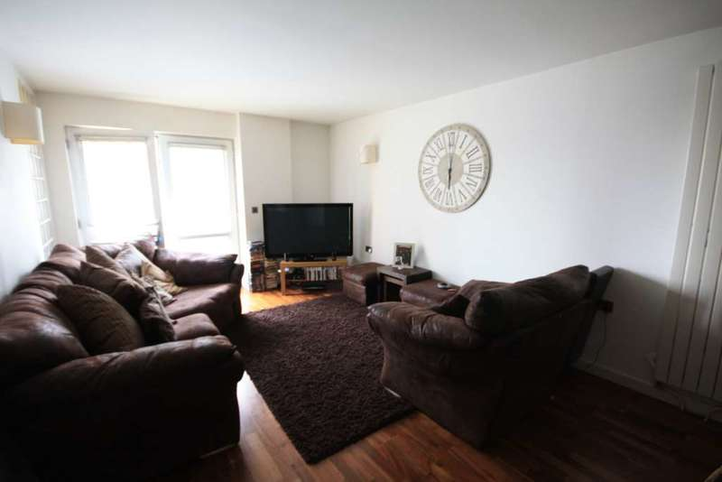 1 Bedroom Apartment Flat for sale in Radius, Prestwich