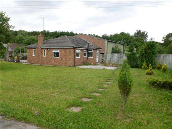 3 Bedrooms Equestrian Facility Character Property for sale in The Woodlands, Nipe Lane, Skelmersdale