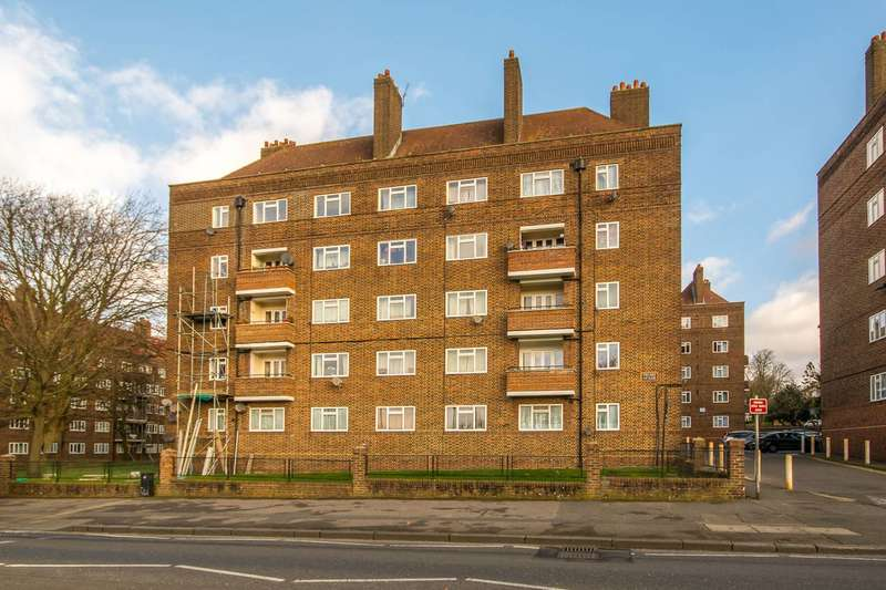 2 Bedrooms Flat for sale in Peckham Rye, Peckham Rye, SE15