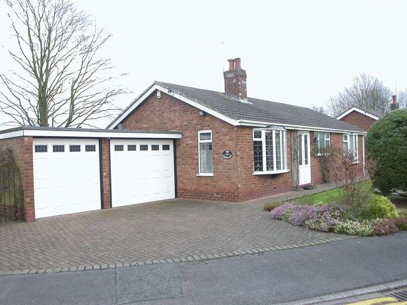 2 Bedrooms Detached Bungalow for sale in POYNTON (GEORGES CLOSE)