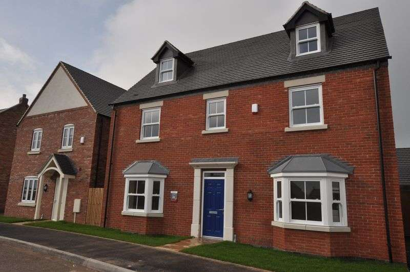 "5 Bedrooms Detached House for sale in Plot 151 ""The Kensington"" off Burton Road, Tutbury"