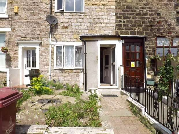 2 Bedrooms Terraced House for sale in Sted Terrace, BLACKBURN, Lancashire