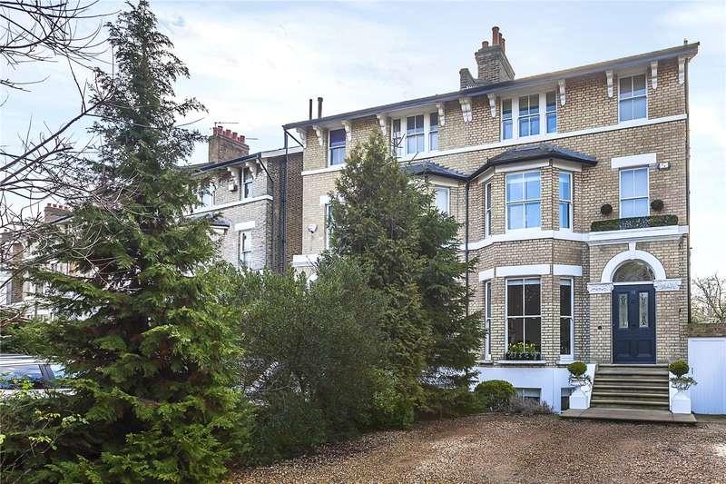 4 Bedrooms Semi Detached House for sale in Vanbrugh Park, London, SE3