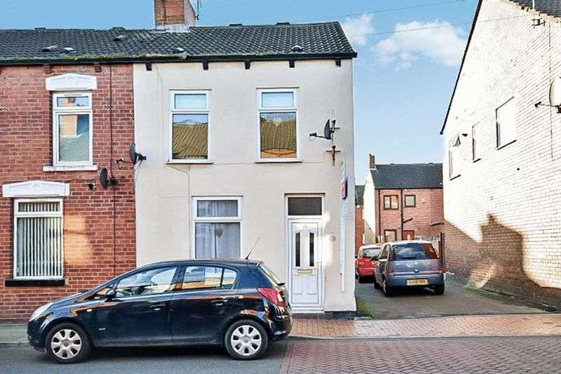 2 Bedrooms Terraced House for sale in Grafton Street, Castleford, WF10