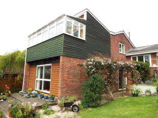 5 Bedrooms Detached House for sale in Wincanton, Somerset