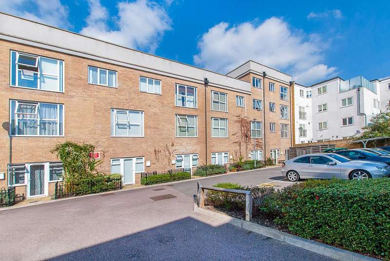 2 Bedrooms Flat for sale in High Street, Colliers Wood, SW19
