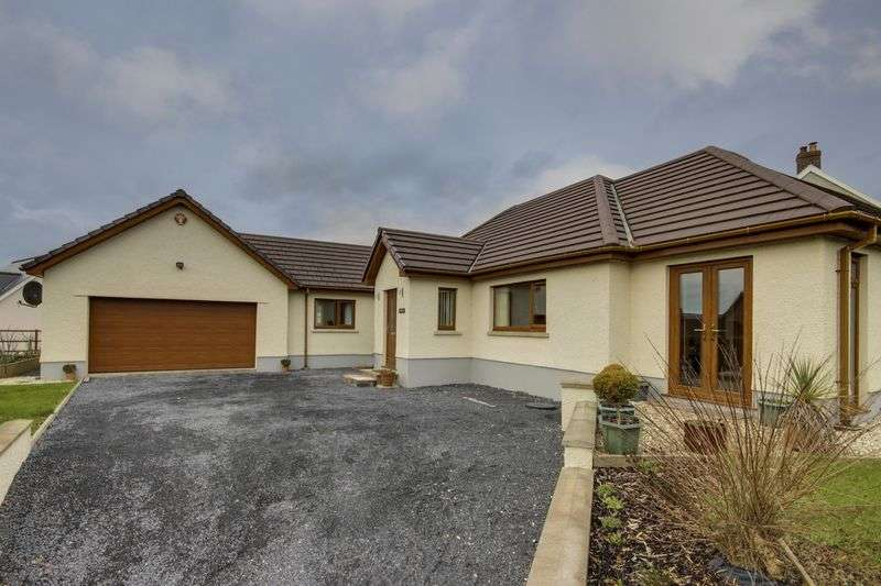 3 Bedrooms Detached Bungalow for sale in Porthyrhyd, Carmarthen