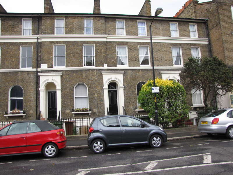 3 Bedrooms Apartment Flat for sale in Lorrimore Road, London, Kennington, London, SE17