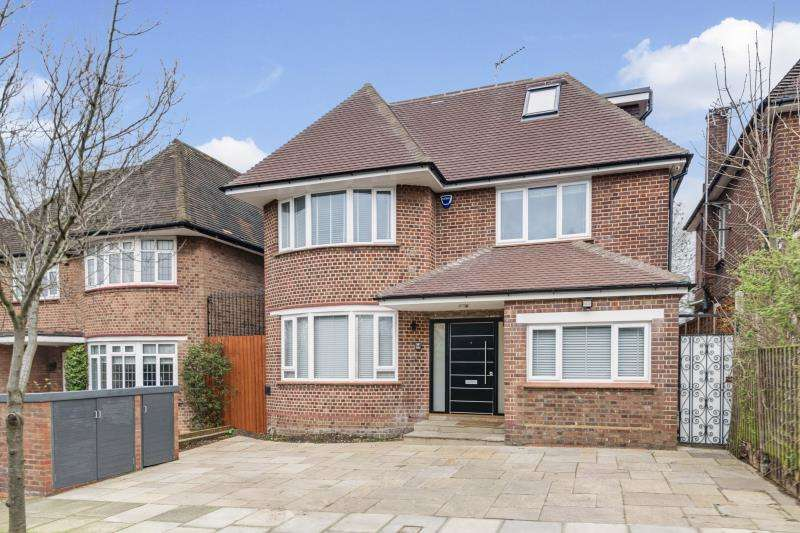 5 Bedrooms Detached House for sale in Connaught Drive, Hampstead Garden Suburb Border