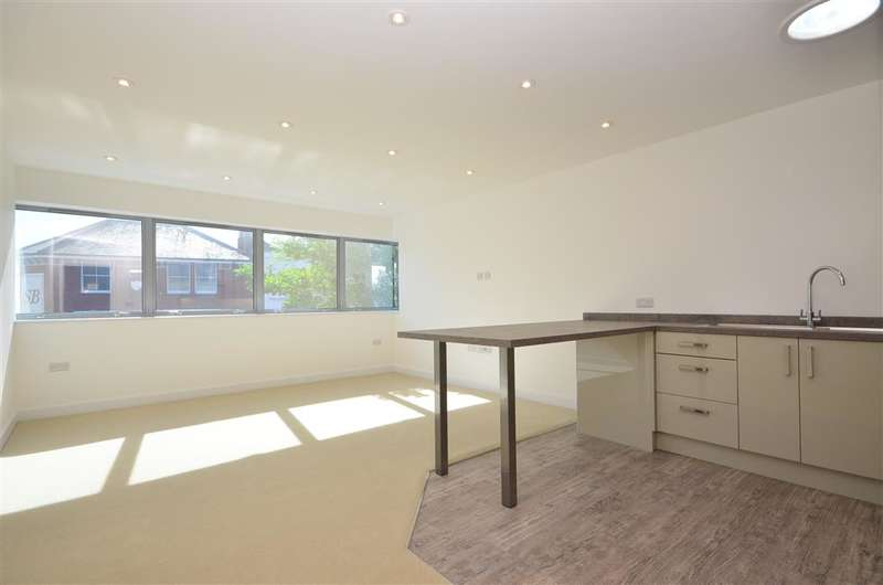 1 Bedroom Apartment Flat for sale in High Street, Bognor Regis, West Sussex