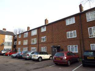 2 Bedrooms Flat for sale in 42 Church Road, London