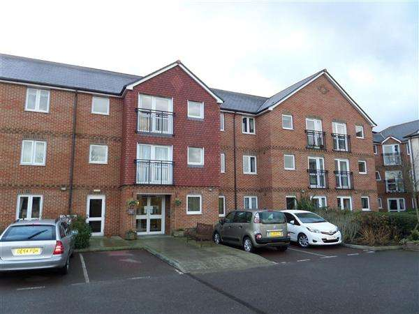 1 Bedroom Flat for sale in Laurel Court, Stanley Road, Cheriton
