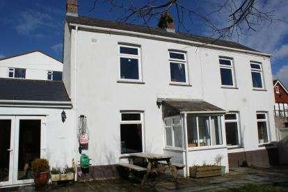 3 Bedrooms Detached House for sale in Liskeard, Cornwall