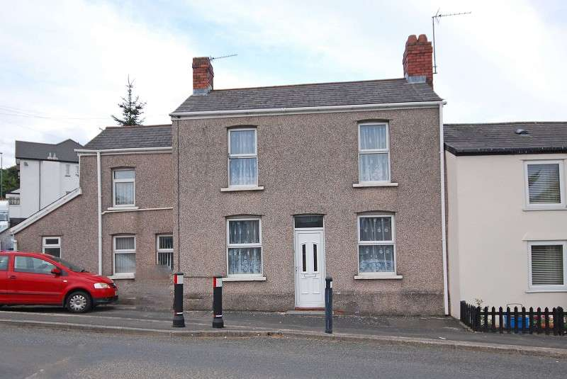 3 Bedrooms Property for sale in St. Johns Crescent, Rogerstone, Newport, South Wales. NP10 9EY