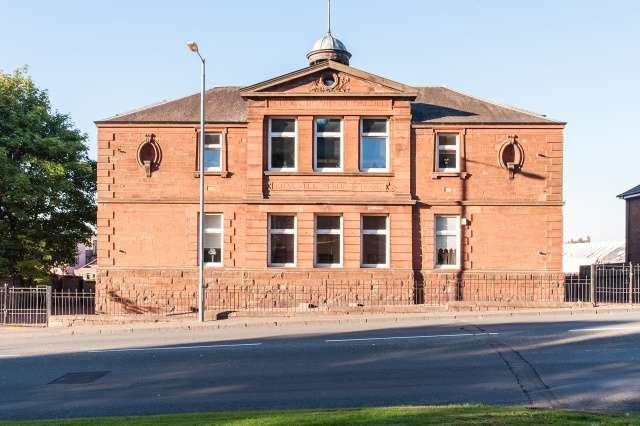 1 Bedroom Ground Flat for sale in Cowie Place, Wishaw, North Lanarkshire, ML2 7US