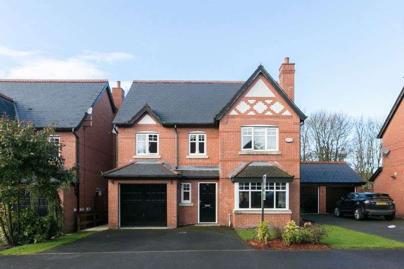 4 Bedrooms Detached House for sale in Trevore Drive, Standish, WN1 2QE