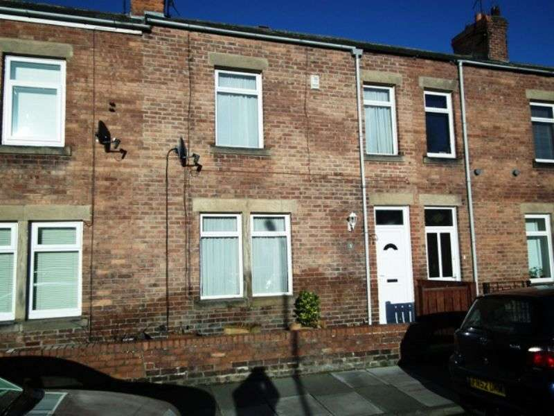 2 Bedrooms Terraced House for sale in Alexandra Road, Morpeth - Two Bedroom Terrace House