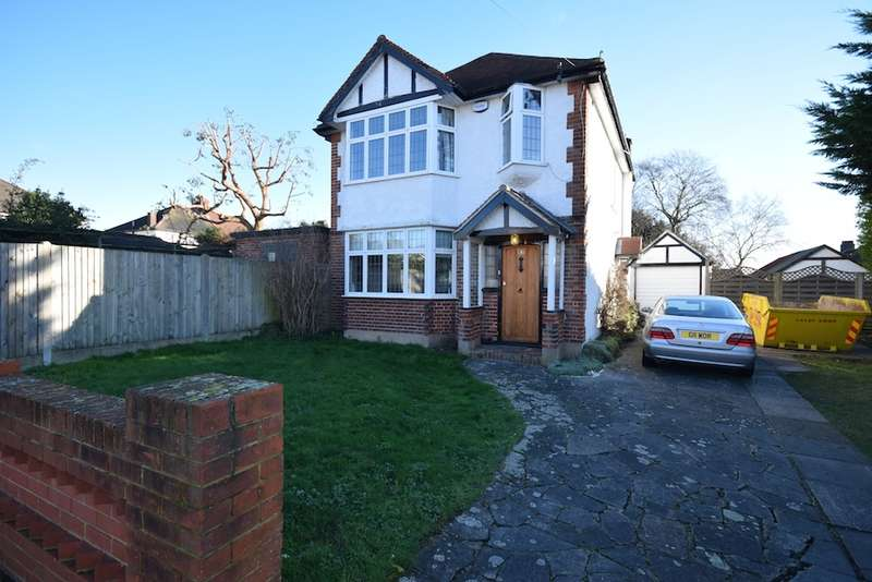 3 Bedrooms Detached House for sale in Blendon Drive, Bexley, Kent, DA5