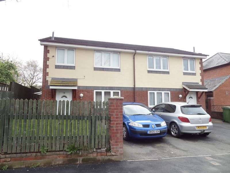 2 Bedrooms Semi Detached House for sale in Churchill Drive, Wrexham