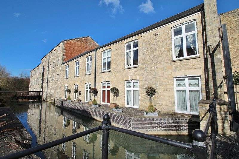 3 Bedrooms Flat for sale in WOODFORD MILL, Witney OX28 6DE