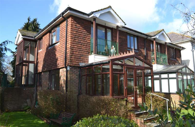 1 Bedroom Flat for sale in Pyrford Gardens, Belmore Lane, Lymington, Hampshire, SO41