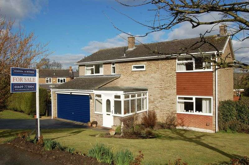 5 Bedrooms Detached House for sale in Mill Rise, Northallerton