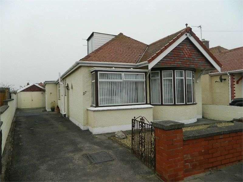 3 Bedrooms Detached Bungalow for sale in 27 Eaton Avenue, RHYL