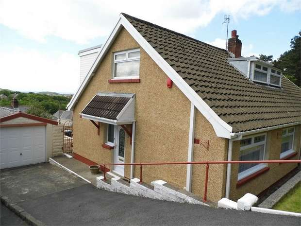 3 Bedrooms Semi Detached Bungalow for sale in Park Crescent, Skewen, Neath, West Glamorgan