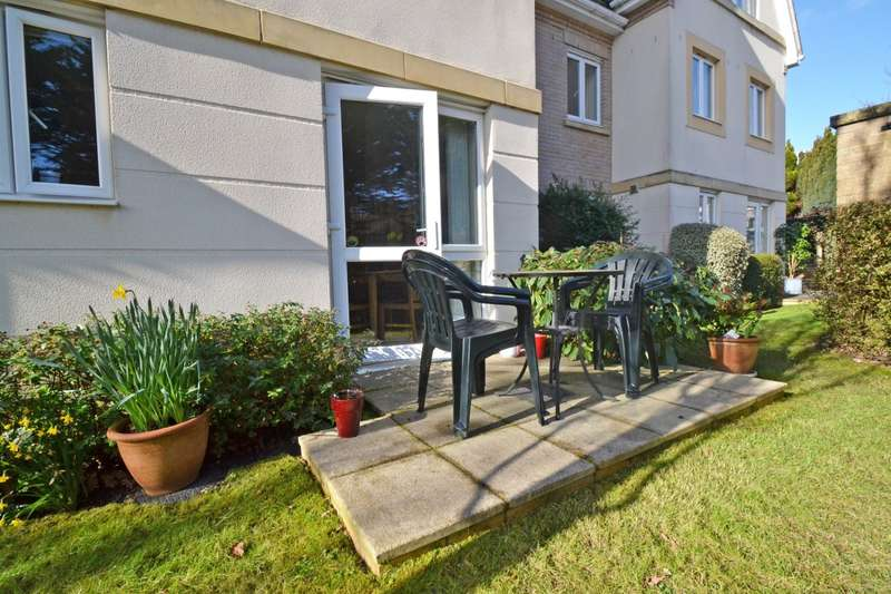 2 Bedrooms Flat for sale in Lilliput