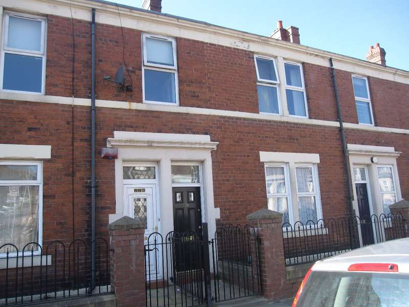 5 Bedrooms Flat for rent in Saltwell Road, Gateshead, NE8 4TP